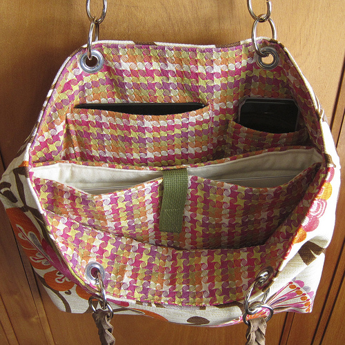 Tote Patterns Free : Here?s a free sewing pattern for a laptop tote bag. Since I?m ...