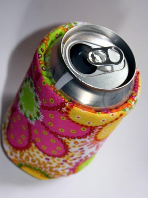 free sewing pattern beer and soda can koozie i sew free. Black Bedroom Furniture Sets. Home Design Ideas