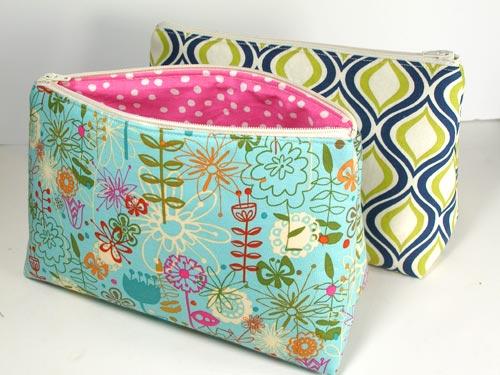 Cosmetics bag sewing pattern