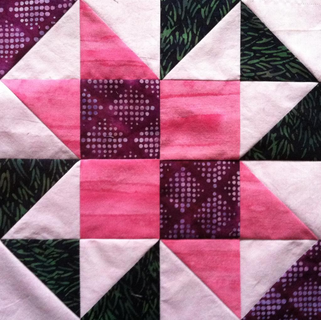 Quilt Patterns Block Of The Month : Free Quilt Pattern: Craftsy s Block of the Month for January