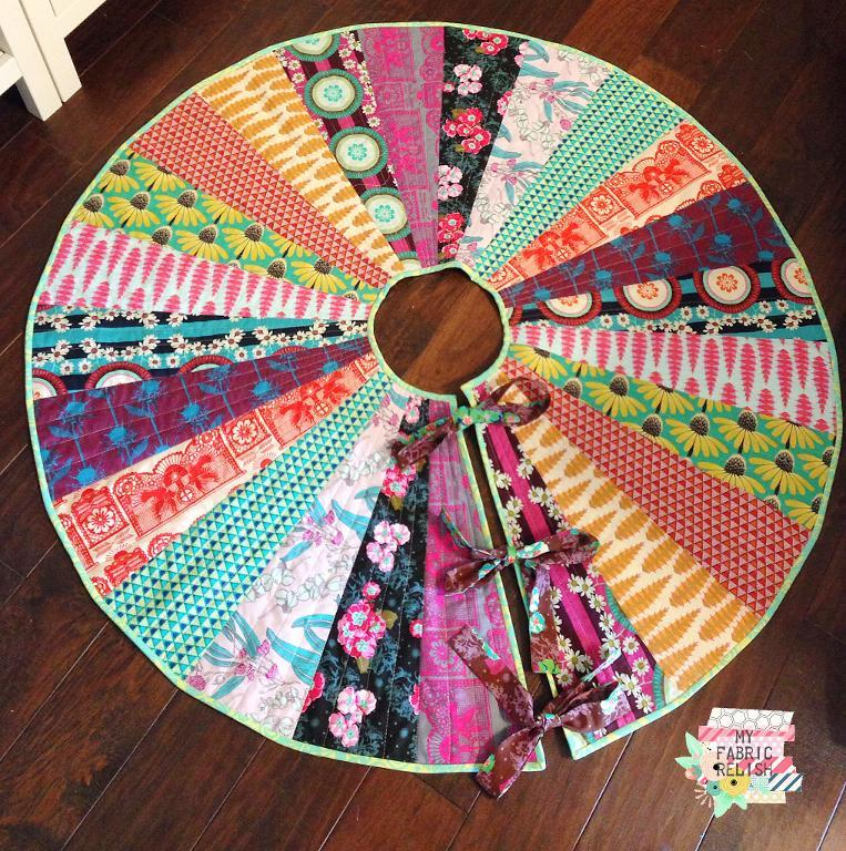 Quilting Pattern For Christmas Tree Skirt : Free Quilt Pattern: Christmas Tree Skirt