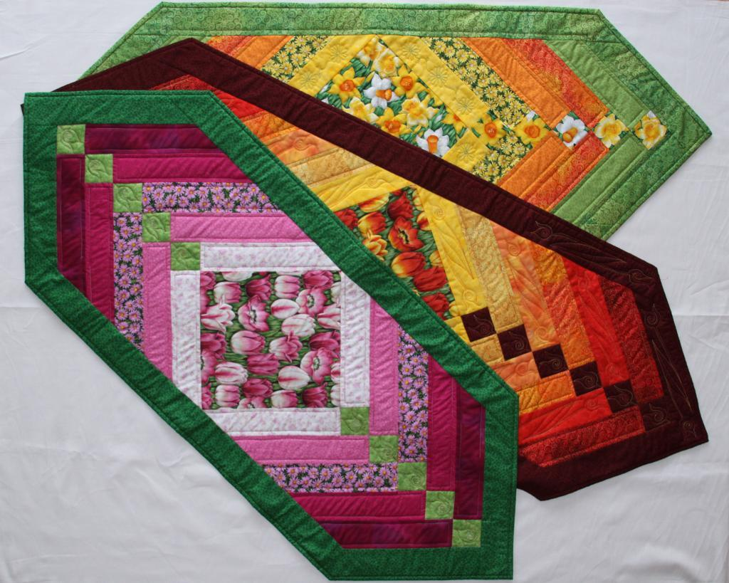 Free Quilt Patterns Table Runners Download : Free Quilt Pattern: Chevron Table Runner