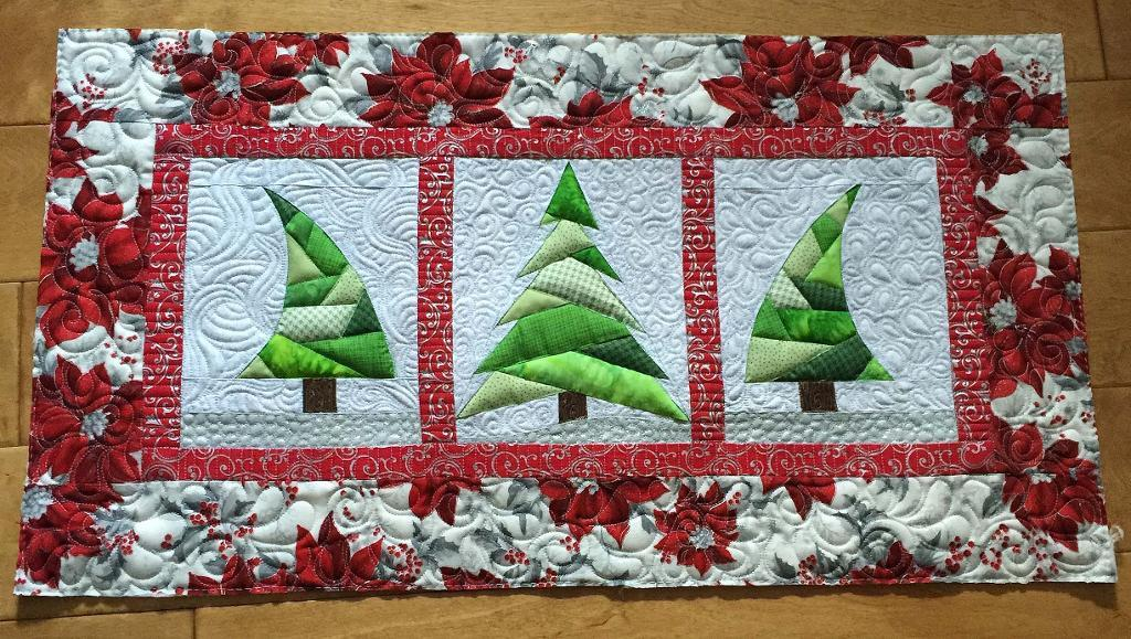 Free Quilt Pattern: Trio Christmas Tree Quilt