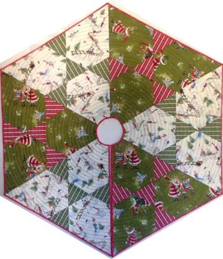 Free Quilt Patterns For Christmas Tree Skirt : Free Quilt Pattern: Hex Christmas Tree Skirt