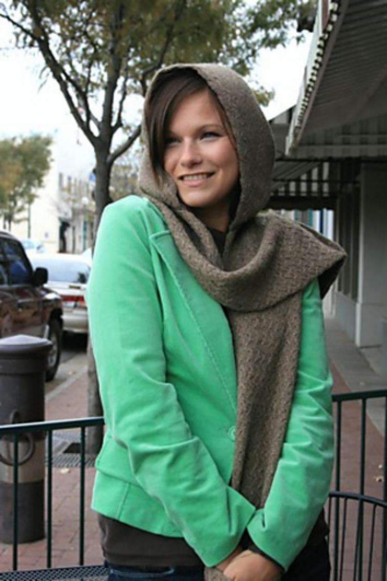 Free Knitting Pattern Bijou Hooded Scarf With Pockets I Sew Free