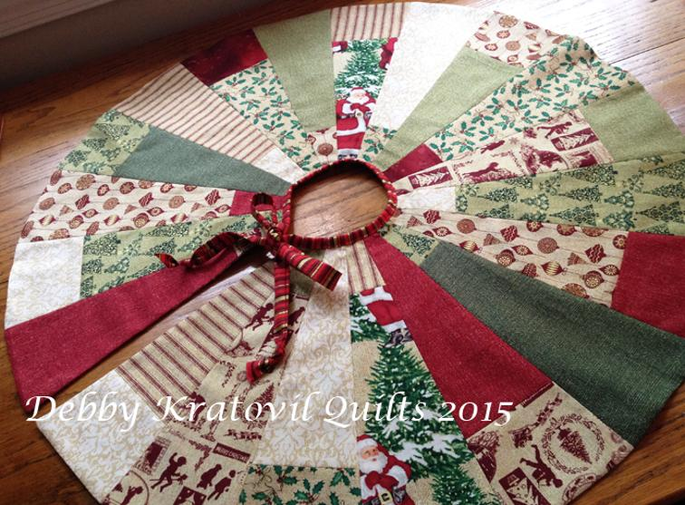 this free quilt pattern from debby kratovil quilts is a christmas tree skirt